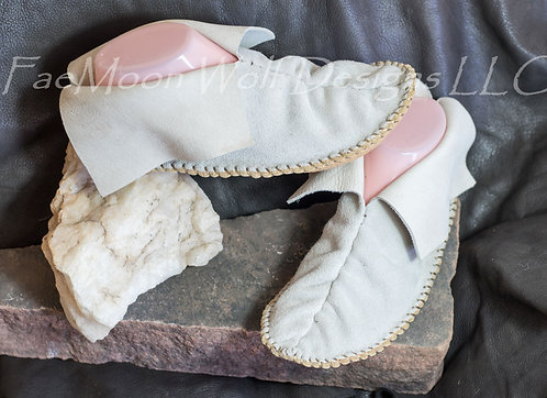 Center Seam Moccasins, Ready to Ship, Size Women's 7