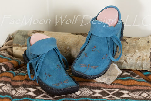 Handmade Moccasins, Ready to Ship Size Child 4, Turquoise Suede with Dragonfly