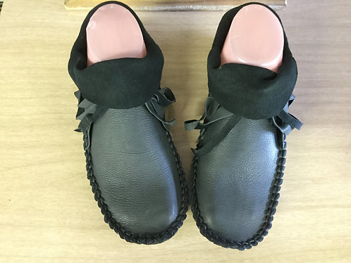 Hand Sewn Short Moccasins, Women's Size 6, Ready to Ship
