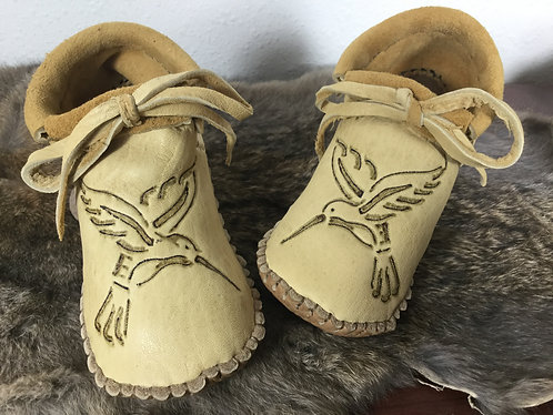Hand Sewn, Ready to Ship, Child Size 11 Short Moccasin with Hummingbird Design