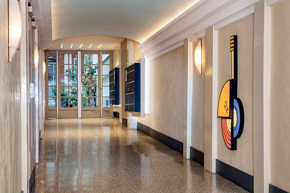 Selig&Renault_hall_lobby_Fontaine_Pingus