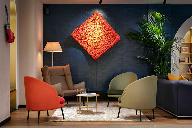 Hotel_de_Noailles_Paris_salon_cheminée.j