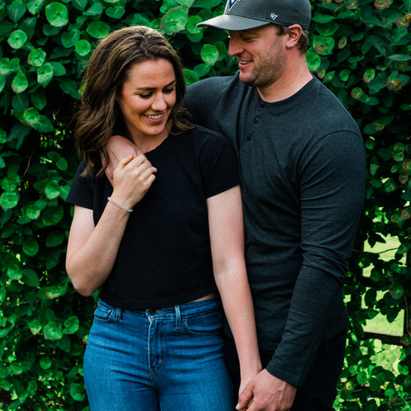 Gairloch Garden's Couples Photo Session | Oakville, Canada, On
