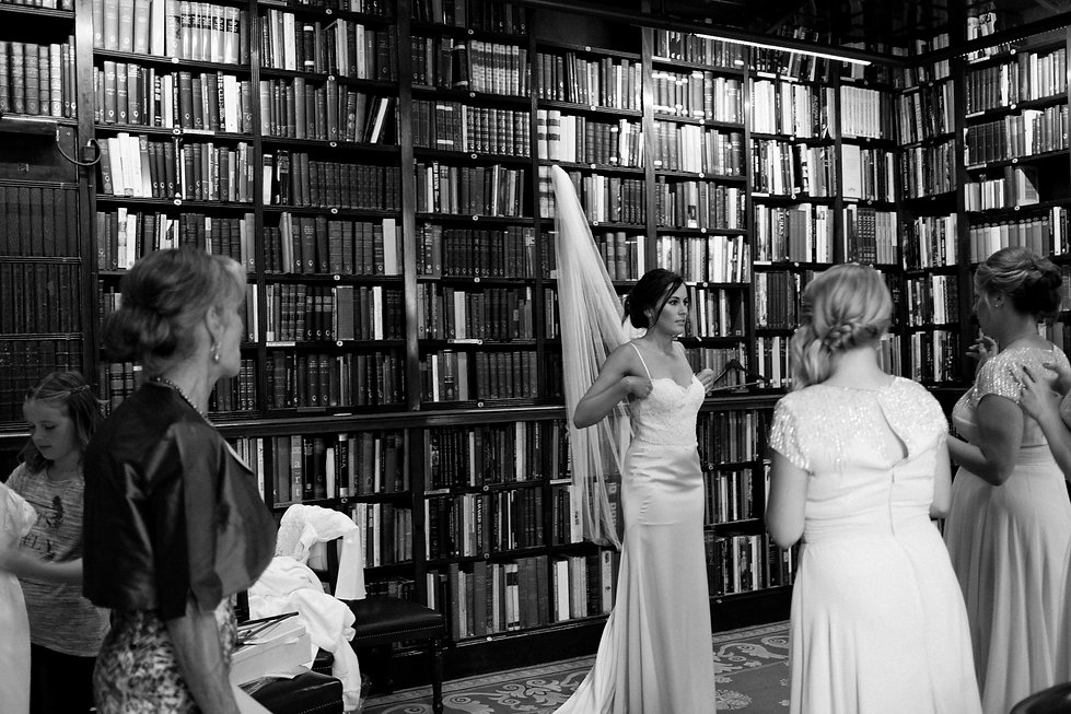 The Athenaeum Club wedding captured by Grace Pham Wedding London Photographer
