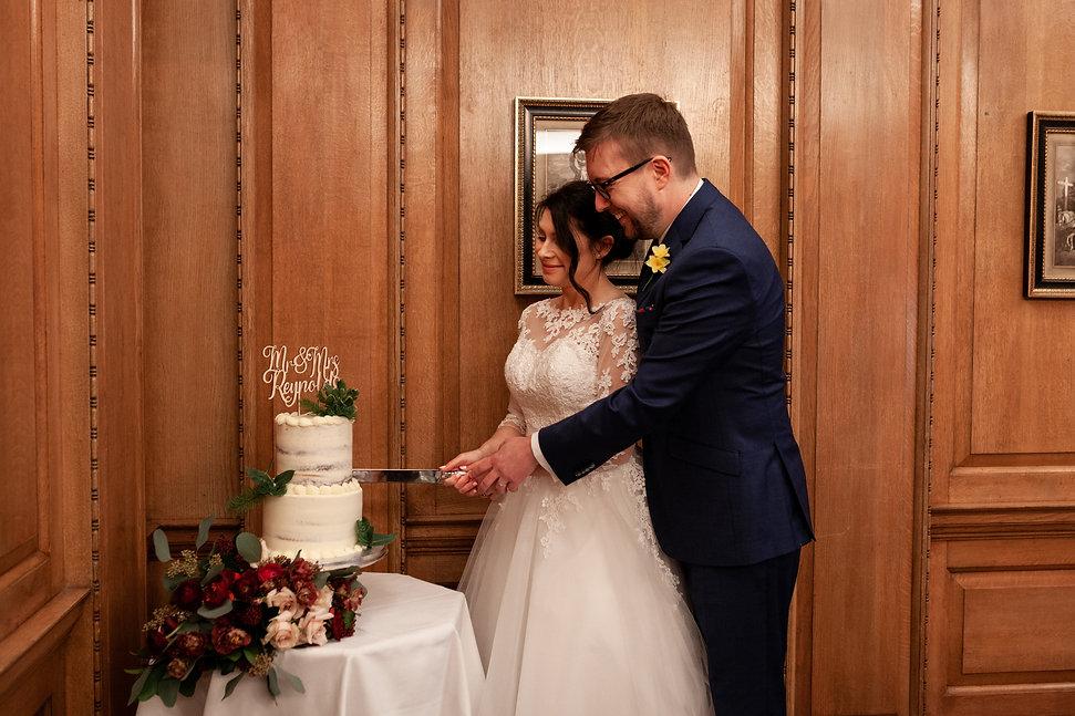 The Ned Wedding reception, London, RWB room, captured by Grace Pham Photography 05