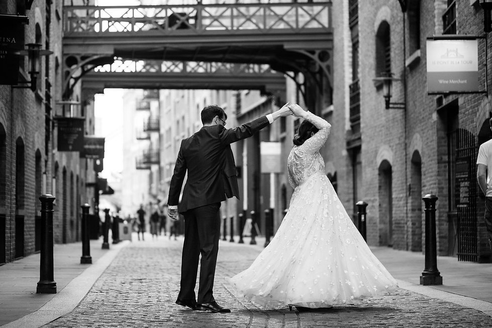 London wedding photographer, Tower Bridge, Blueprint Cafe 04
