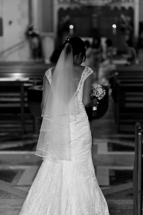 Vietnamese Chinese Wedding Photographer, London. Getting married at Our Lady of Lourdes Wanstead 04