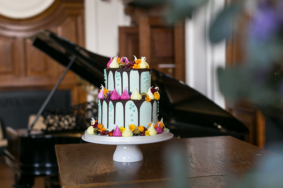 Wedding cake by Fondant Fox