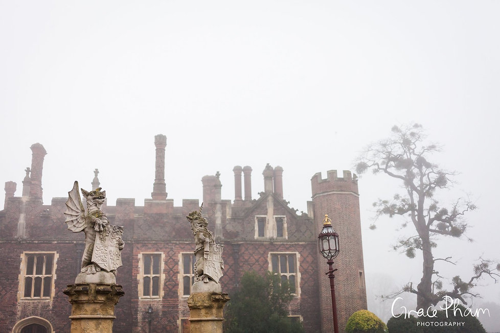 Hampton Court Palace Wedding Venue in Winter by Surrey Wedding Photographer 02