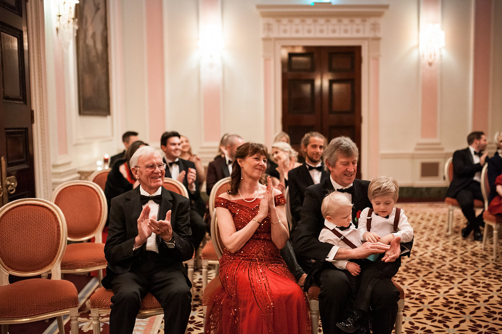 Wedding at The Ritz, London, captured by Grace Pham Photography 16