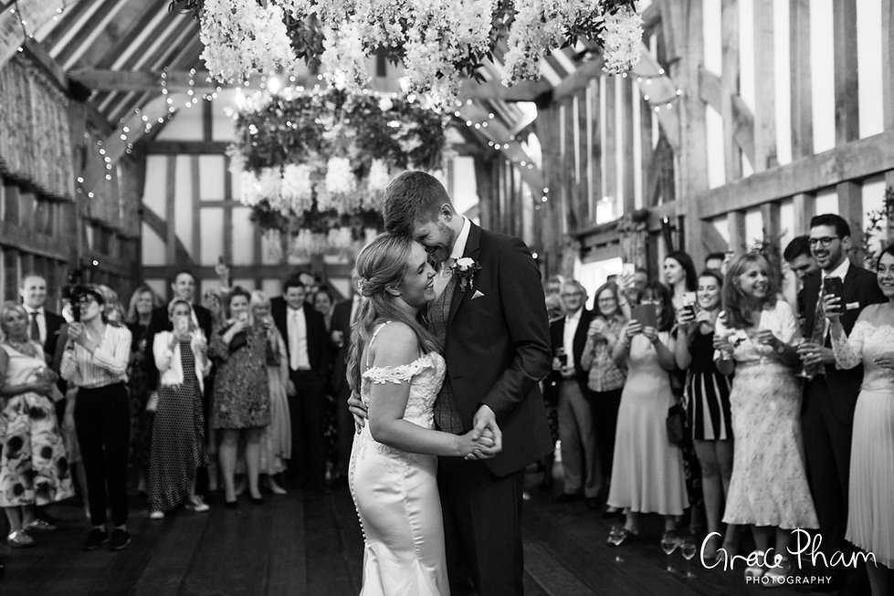 Gate Street Barn Wedding Venue captured by Grace Pham Photography 27