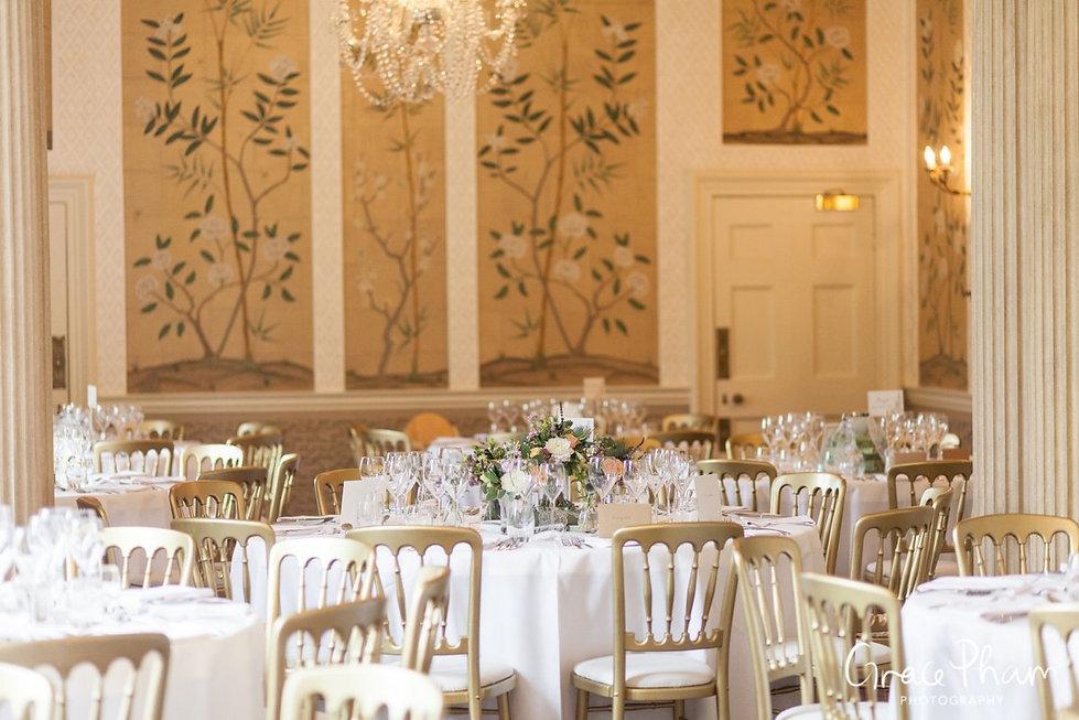 Hampden House Wedding Reception,  Dining Room images by  Buckinghamshire Wedding photographer  02