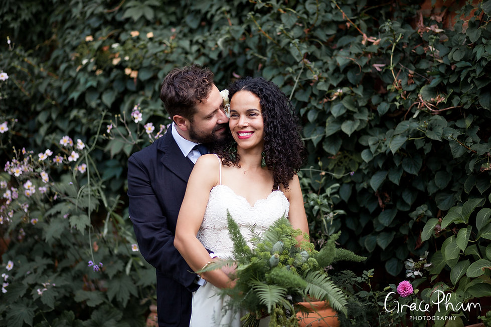 The Albion Pub Wedding, London, Islington captured by Grace Pham Photography 3
