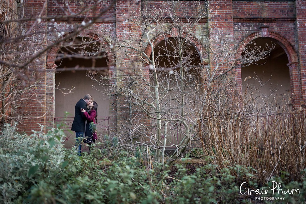 Hampstead Pergola & Hill Gardens Winter Engagement Shoot captured by Grace Pham London Wedding Photographer 03