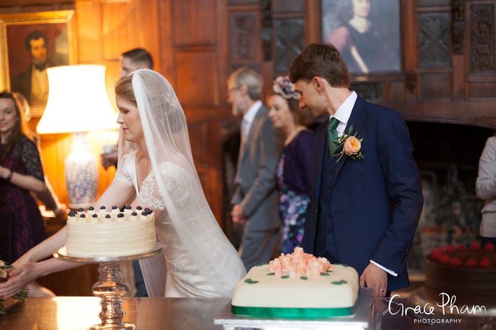 Hampden House Wedding, Great Hall by  Buckinghamshire Wedding photographer 2017