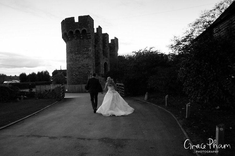 Cooling Castle Barn Wedding, by Kent Documentary Wedding Photographer 20