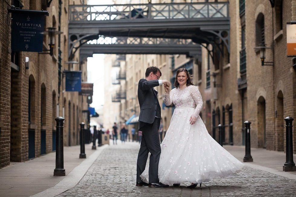 London wedding photographer, Tower Bridge, Blueprint Cafe 03