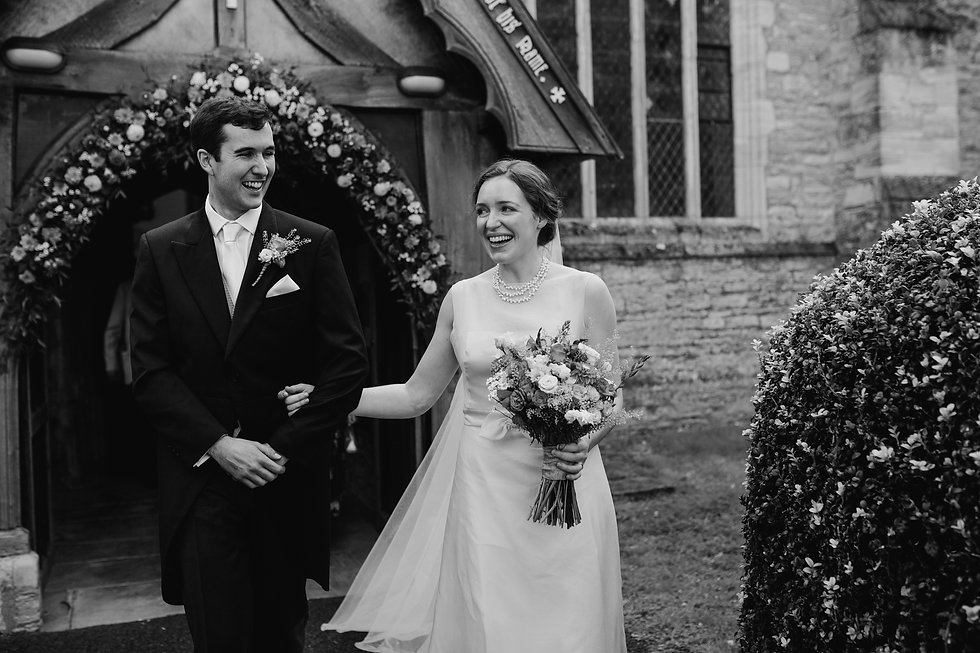 St Mary's Church Wedding, Wootton captured by Grace Pham Photography 11
