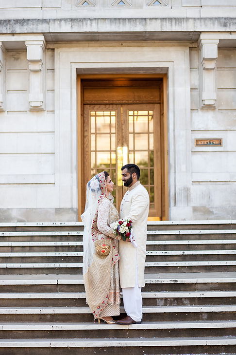 Hackney Town Hall Wedding Photographer captured by Grace Pham 02