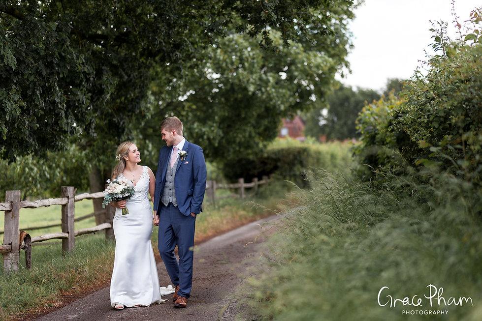 Gate Street Barn Wedding Photography 03