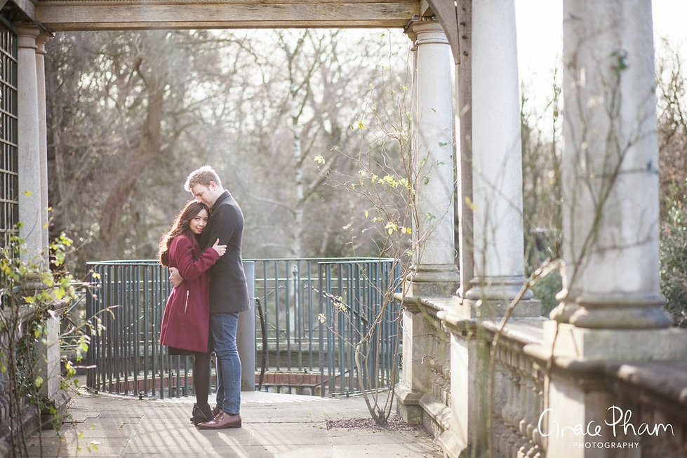 Hampstead Pergola & Hill Gardens Winter Engagement Shoot captured by Grace Pham London Wedding Photographer 01