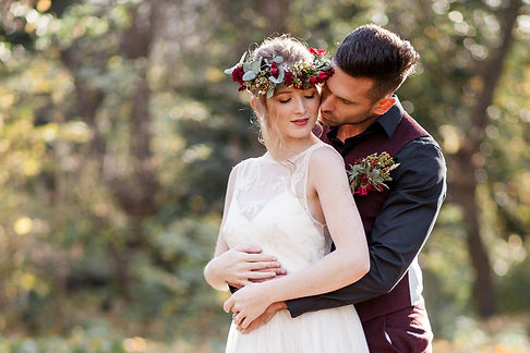 Boho Autumn elopement styled shoot, tower hamlets cemetery, east London wedding, Grace Pham photography 06