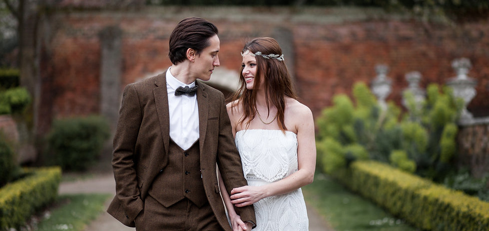 Boho Wedding couple, waterlow park, london wedding photographer
