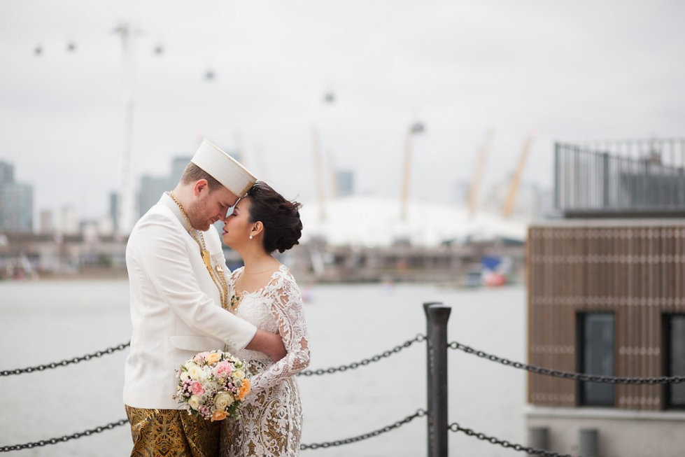 Wedding at Crowne Plaza Docklands by Grace Pham Photography 04