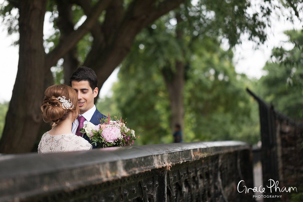 Clissold House & Park Wedding Photography 03