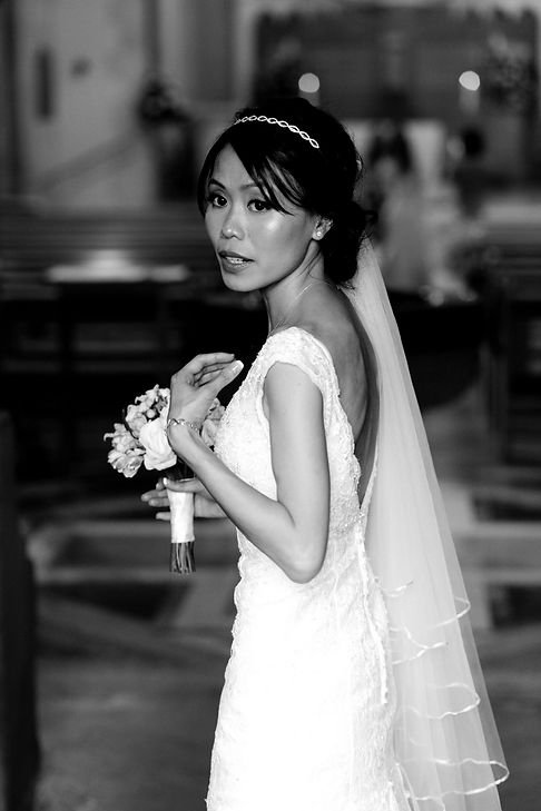 Vietnamese Chinese Wedding Photographer, London. Getting married at Our Lady of Lourdes Wanstead 03