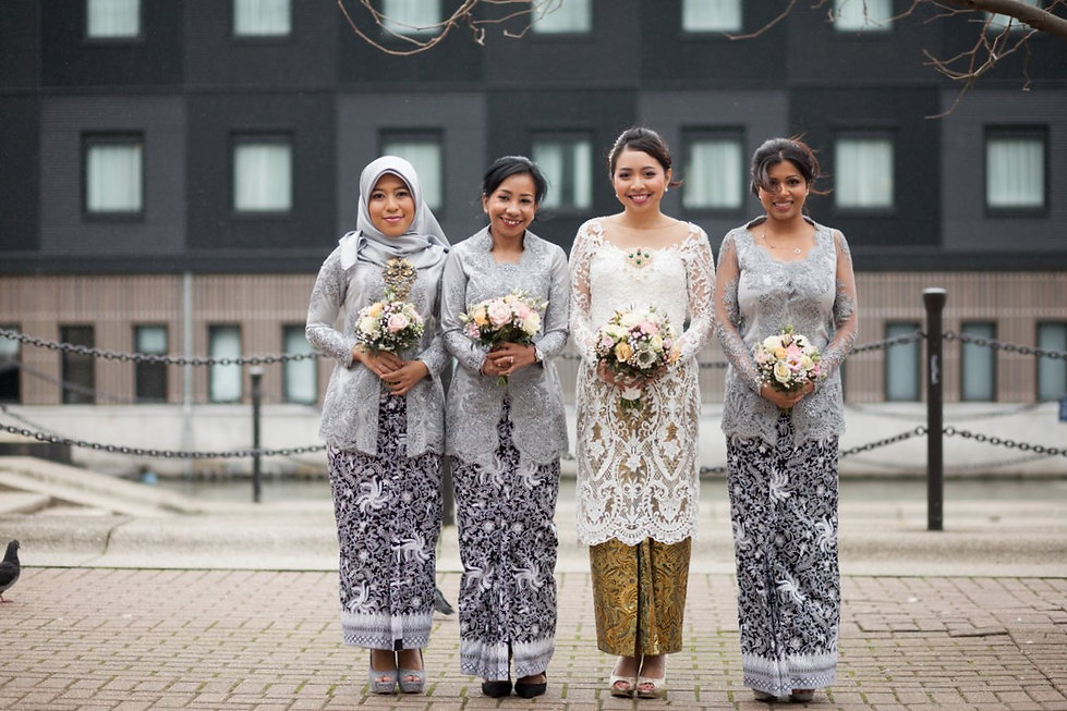 Bridesmaids at Crowne Plaza Docklands Wedding