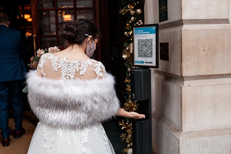 Covid Wedding, London captured by Grace Pham Photography 02