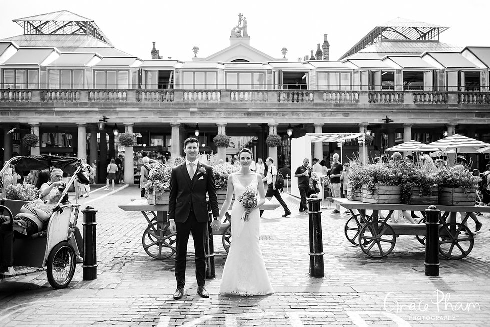 Covent Garden Market Wedding Photography, London by Grace Pham 65