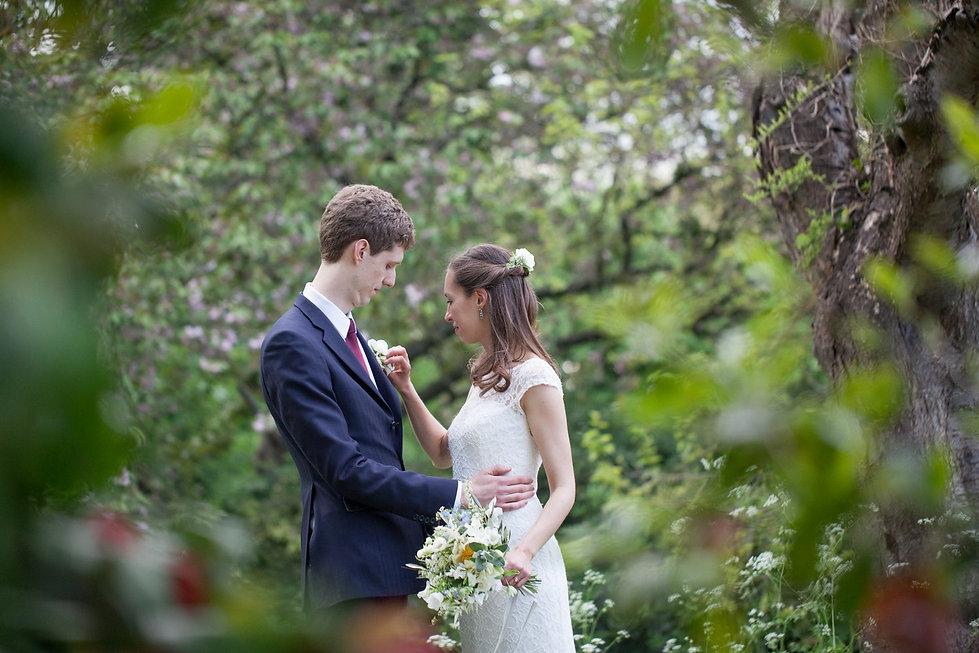 Fulham Palace Garden Wedding Photographer 02