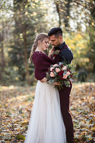Boho Autumn elopement styled shoot, tower hamlets cemetery, east London wedding, Grace Pham photography 03