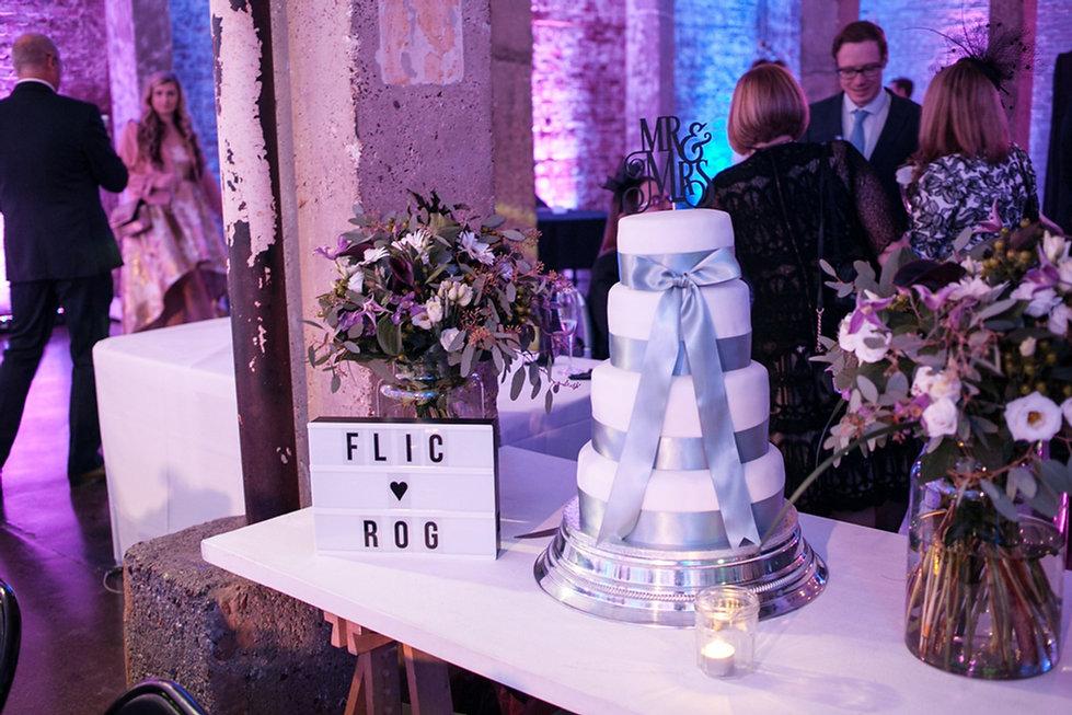 Wedding cake at Studio Spaces, warehouse wedding