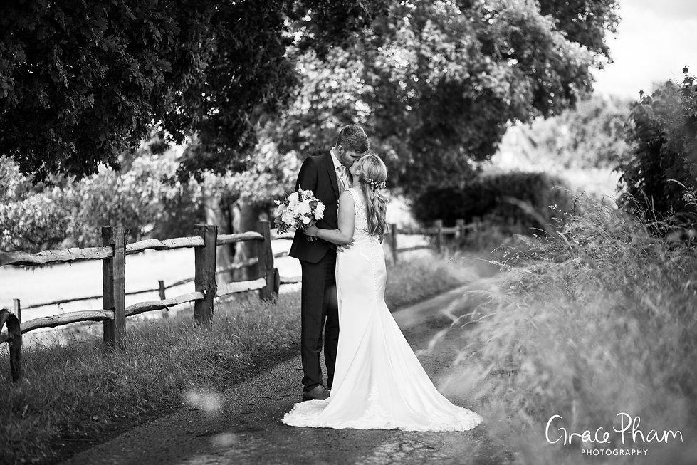 Gate Street Barn Wedding Photography 05