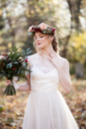 Boho Autumn elopement styled shoot, tower hamlets cemetery, east London wedding, Grace Pham photography 08