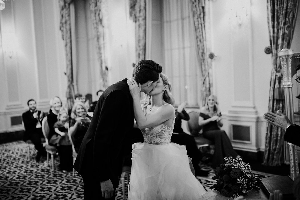 Wedding at The Ritz, London, captured by Grace Pham Photography 15
