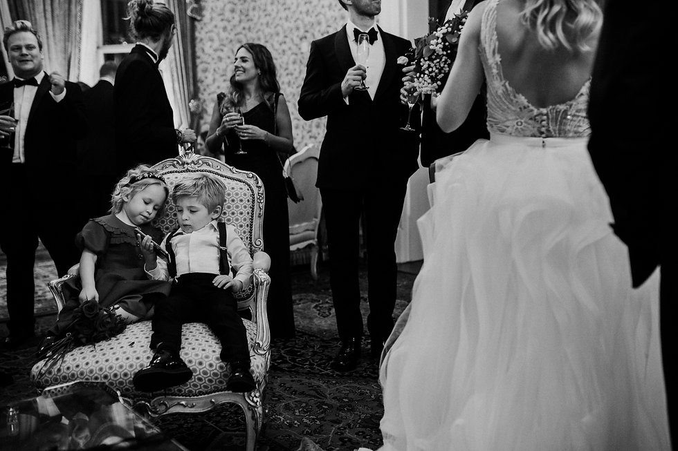 Wedding at The Ritz, London, captured by Grace Pham Photography 30
