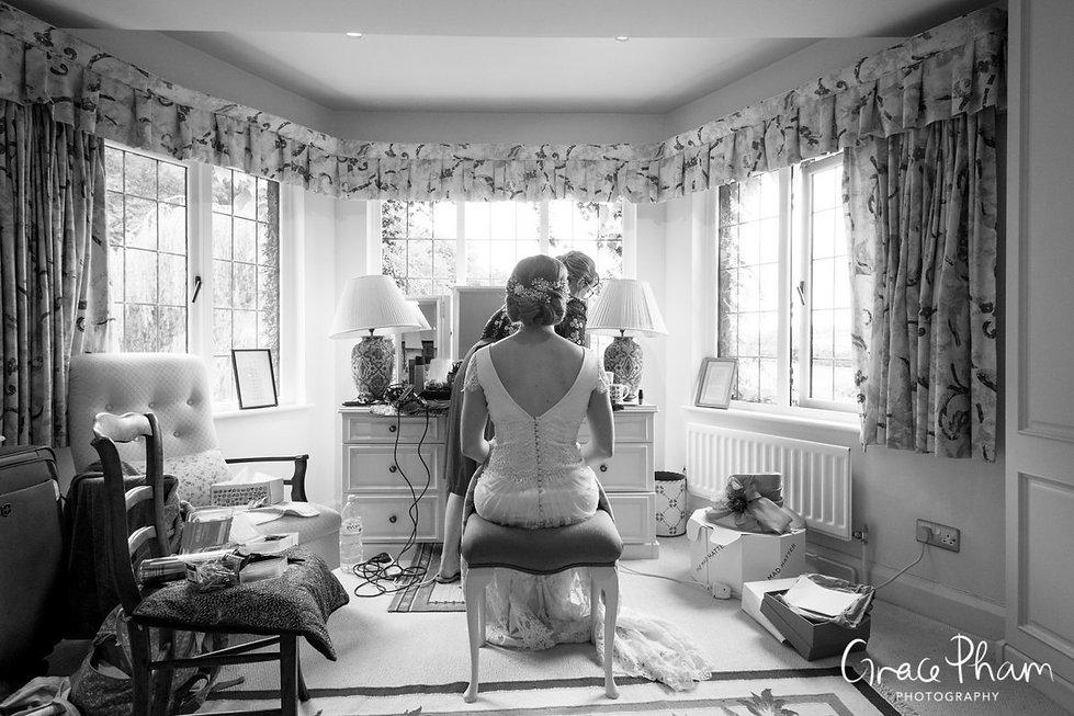 Bridal preparation at The Limes, Broombarn Lane, HP16 9PF by  Buckinghamshire Wedding Photography  03