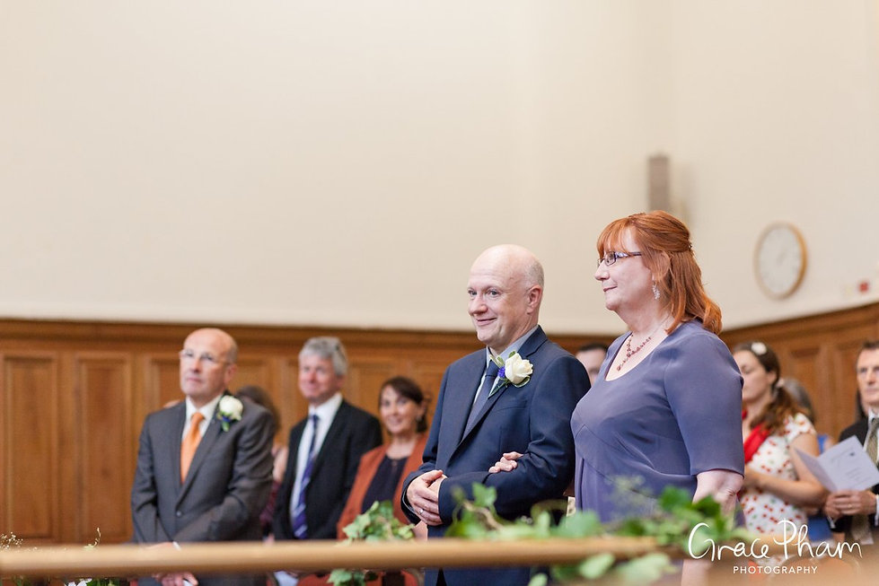 Methodist Central Hall, Westminster Wedding captured by London Photographer 04