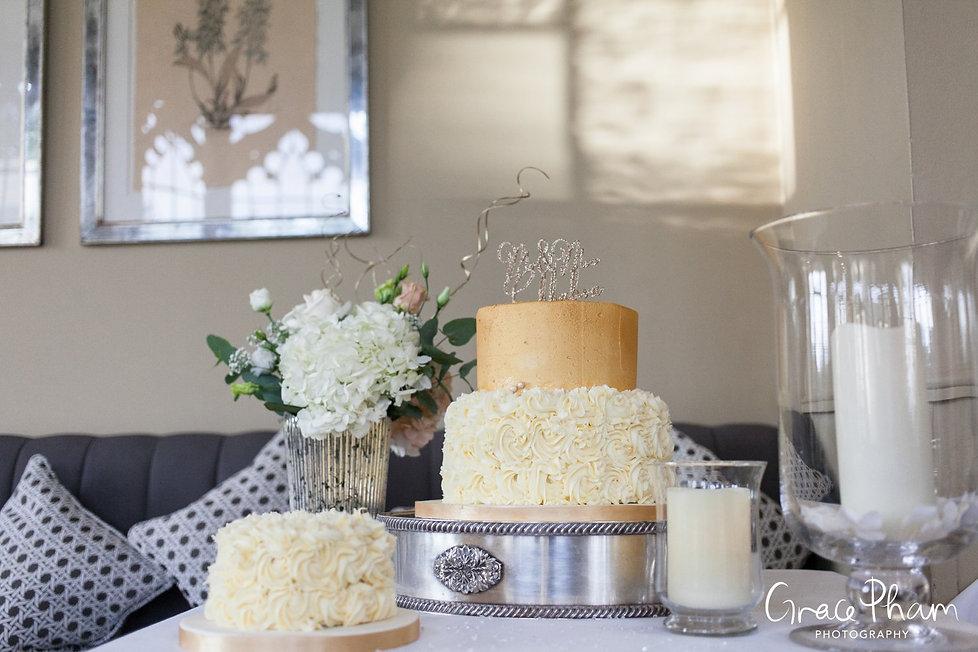 Wedding cake at Foxhills Wedding Venue