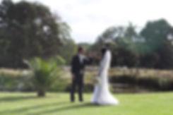wedding couple at the botanical gardens, melbourne. Wedding Photographer.