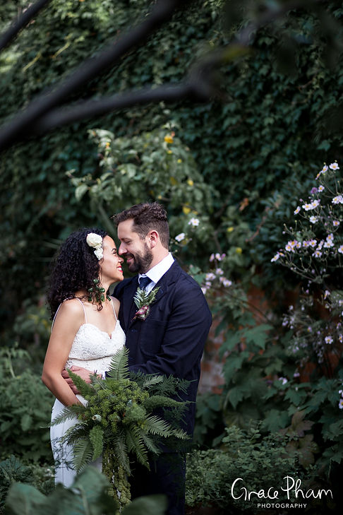 The Albion Pub Wedding, London, Islington captured by Grace Pham Photography 4