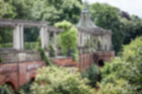 Hampstead Pergola & Hill Gardens Engagement Shoot captured by Grace Pham London Wedding Photographer 06