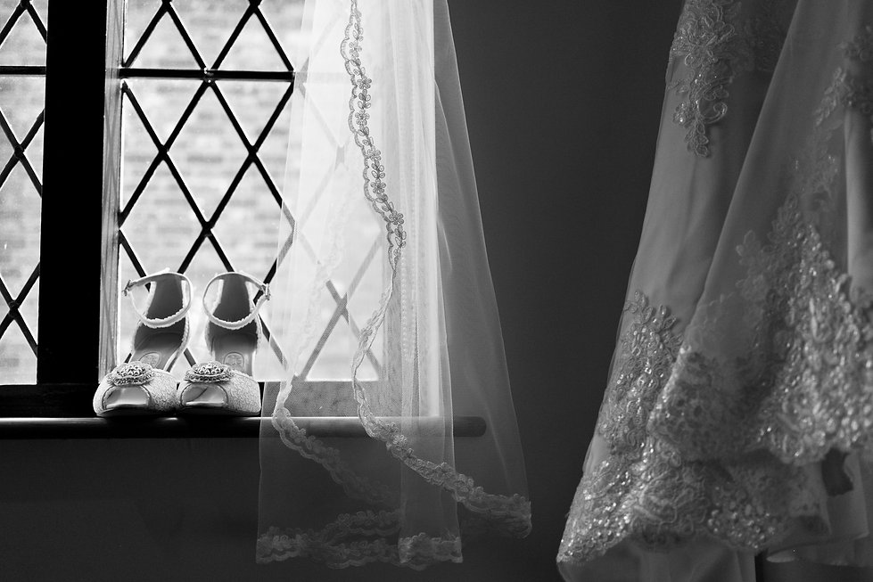 Bridal prepareation, Surrey Wedding Photographer