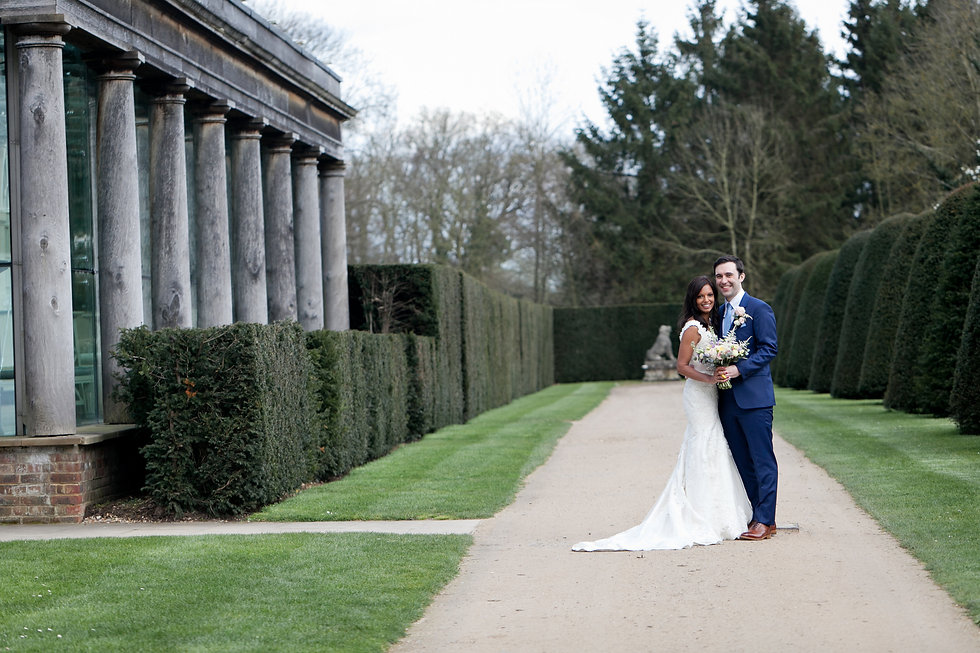 Great Fosters Wedding captured by Grace Pham Wedding Photographer. Beautiful wedding against an amazing wedding venue in Surrey.
