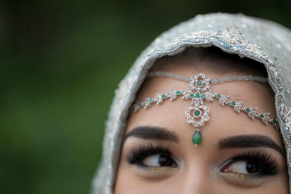 Indian wedding. Pembroke Lodge Wedding, Richmond Park captured by Grace Pham Wedding Photographer 05