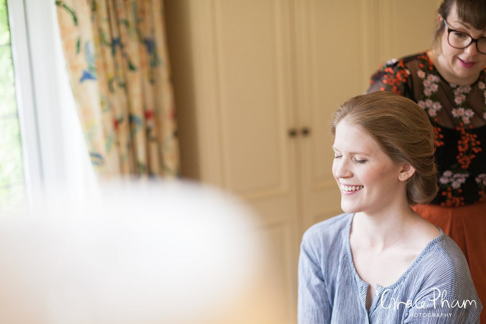 Bridal preparation at The Limes, Broombarn Lane, HP16 9PF by  Grace Pham Wedding Photography 04